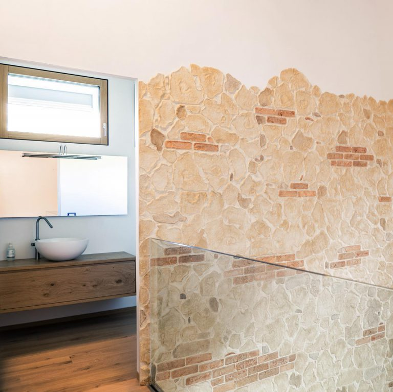 concrete color stampani zid 1
